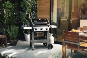 Pollocks Barbecues Weber Spirit II E-310 Black Lifestyle